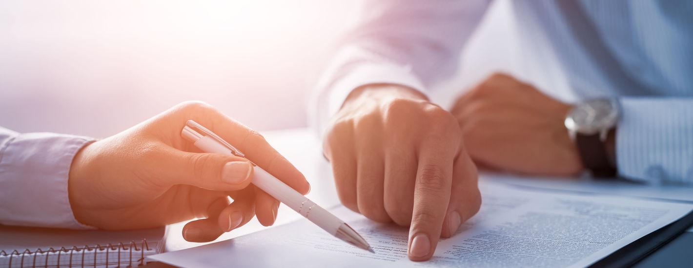 Юридические и экономические аспекты договорной работы в организации